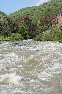 Jordan_River_in_spring